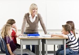 SchülerInnen profitieren nicht nur in Nachhilfeinstituten vom brainLight-Synchro be clever.