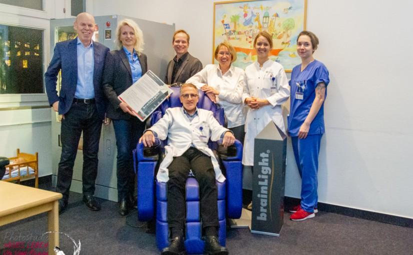 brainLight spendet das Komplettsystem relaxTower Zenesse an die Uni-Klinik-HH-Eppendorf